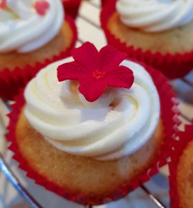 NIBBLES: Valentine's Day Cupcakes, Sugar & Spice