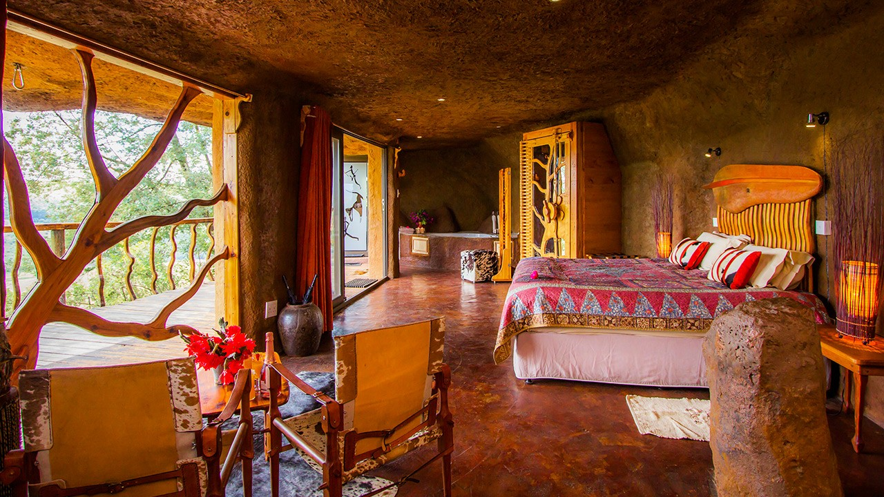 Luxury cave7 Drakensberg accommodation hotel resort rooms guesthouse lodge